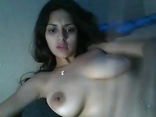 Indian gf topless for bf