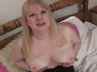 CHUBBY BLONDE MILF TOY FUCKED