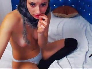 Arabe petit seins webcam