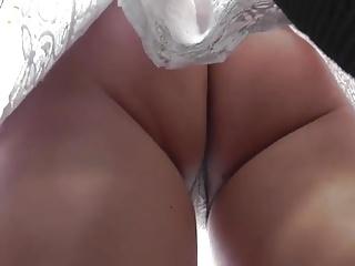 Thong upskirt