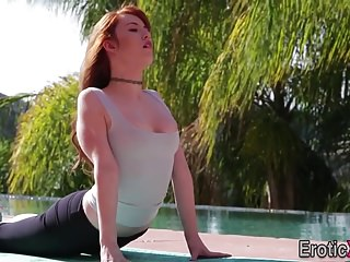 Redhead gets muff cumshot