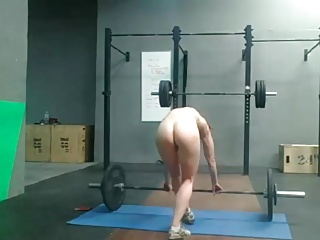 Home D20 - Very fit girl makinng nude sport