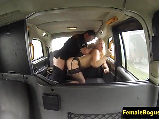 Stockinged british cabbie gags passenger cock