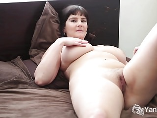 Chubby Envy Plays With A Hitachi
