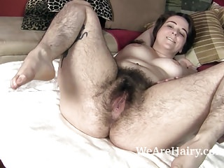 Harley shows off her naked hairy body in bed